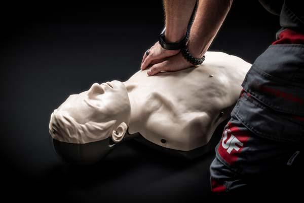 Herzmassage